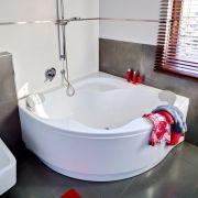Акриловая ванна Gentiana 150x150 в интерьере